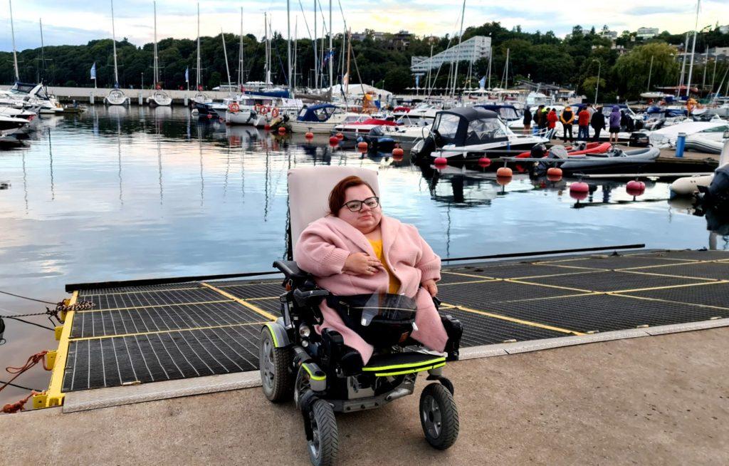 kobieta nawózku